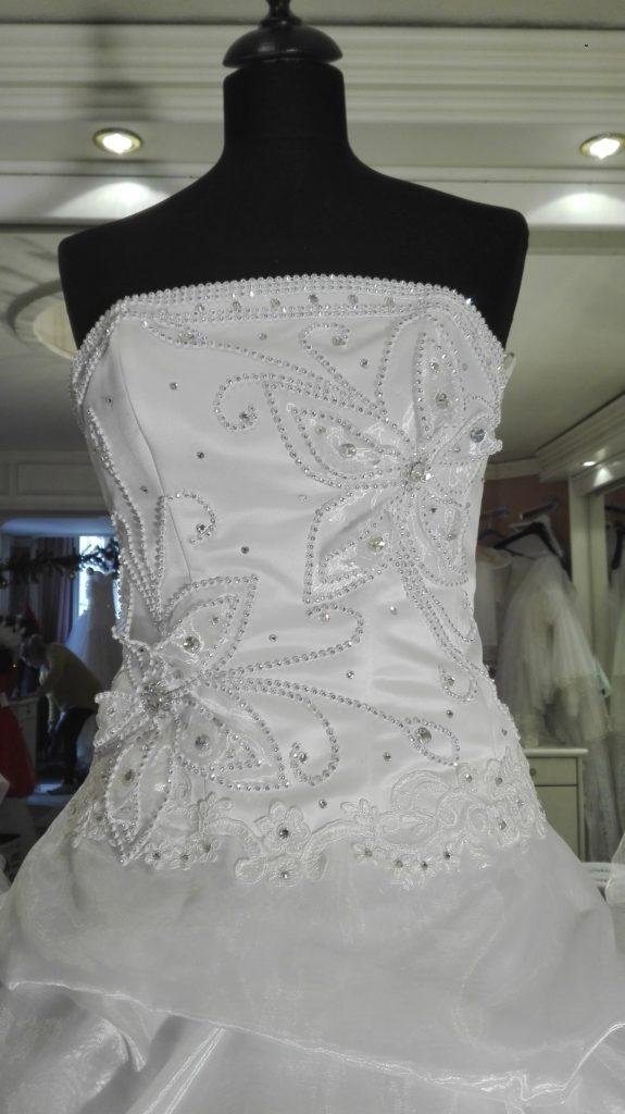 Menyasszonyi ruha olcsón már 40.000 Ft-tól - Szofi Esküvői ruha ... bc098fd303