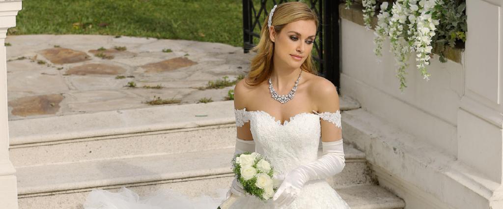 abf8efd509 Szofi Esküvői Ruhaszalon Menyasszonyi és Alkalmi Ruhák kölcsönzése és  eladása