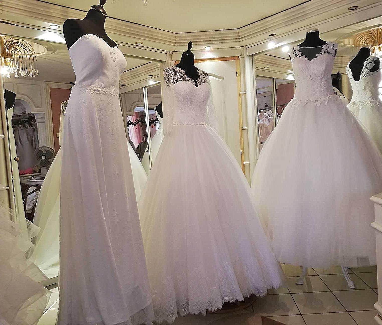 Olcsó menyasszonyi ruhák 10 000 40 000 Ft :: Szofi és Fehér
