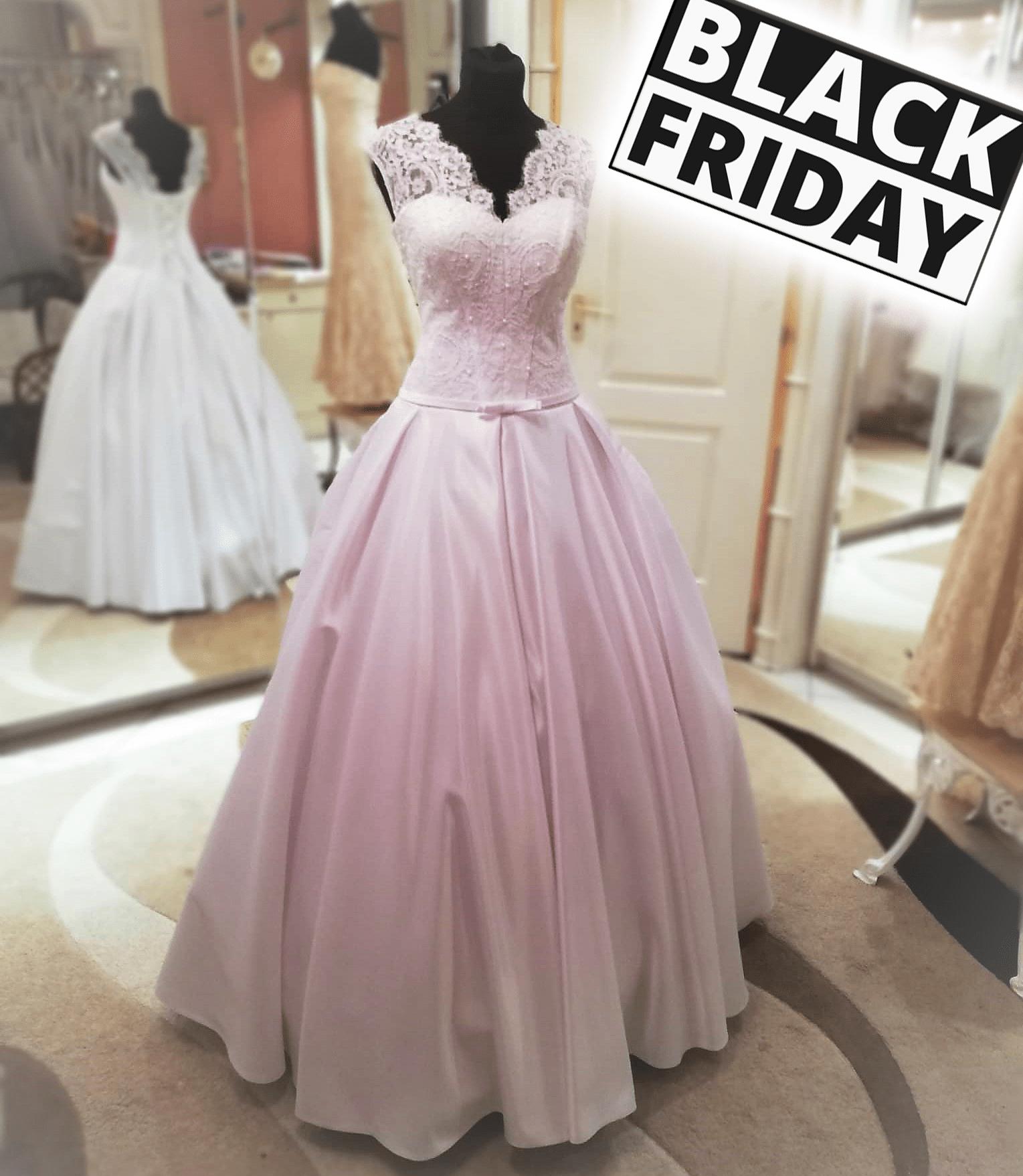 Black Friday Menyasszonyi Ruha