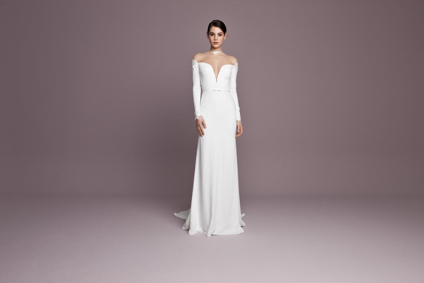 menyasszonyi-ruha-trendek-2019-nyitottvall-7